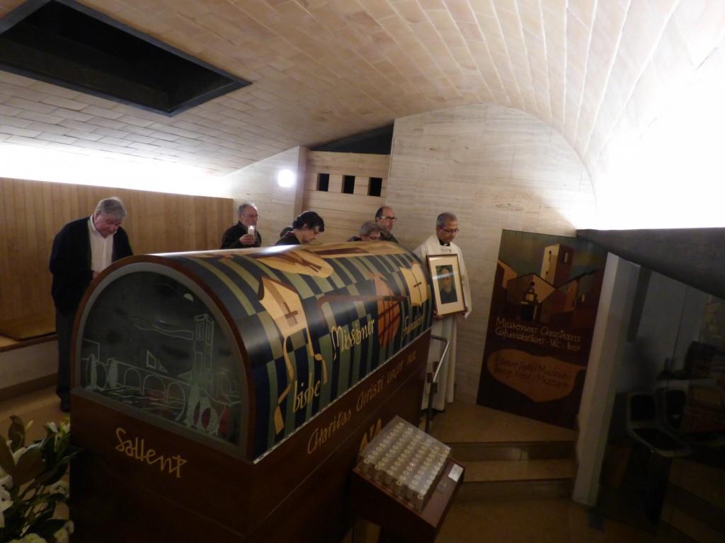 Sepulcre del P. Xifré al costat del del P. Claret